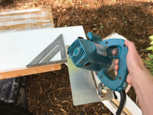 cut fascia with circular saw and speed square