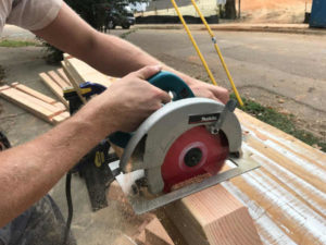 cut fillets in crosslap wood with circular saw