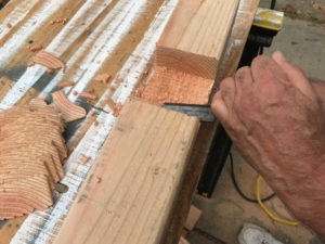 chisel crosslap with flat side of wood chisel